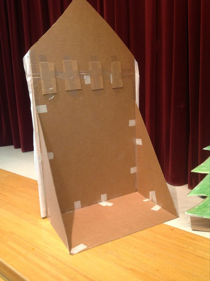 how to make free standing props with cardboard