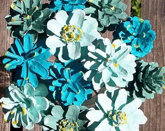 Flores de cono de pino.  Conos de pino pintado en vástagos de madera de 12 pulgadas. Verdes, verde azulado.  Una docena.  Ramo, día de la madre, día de los enamorados.