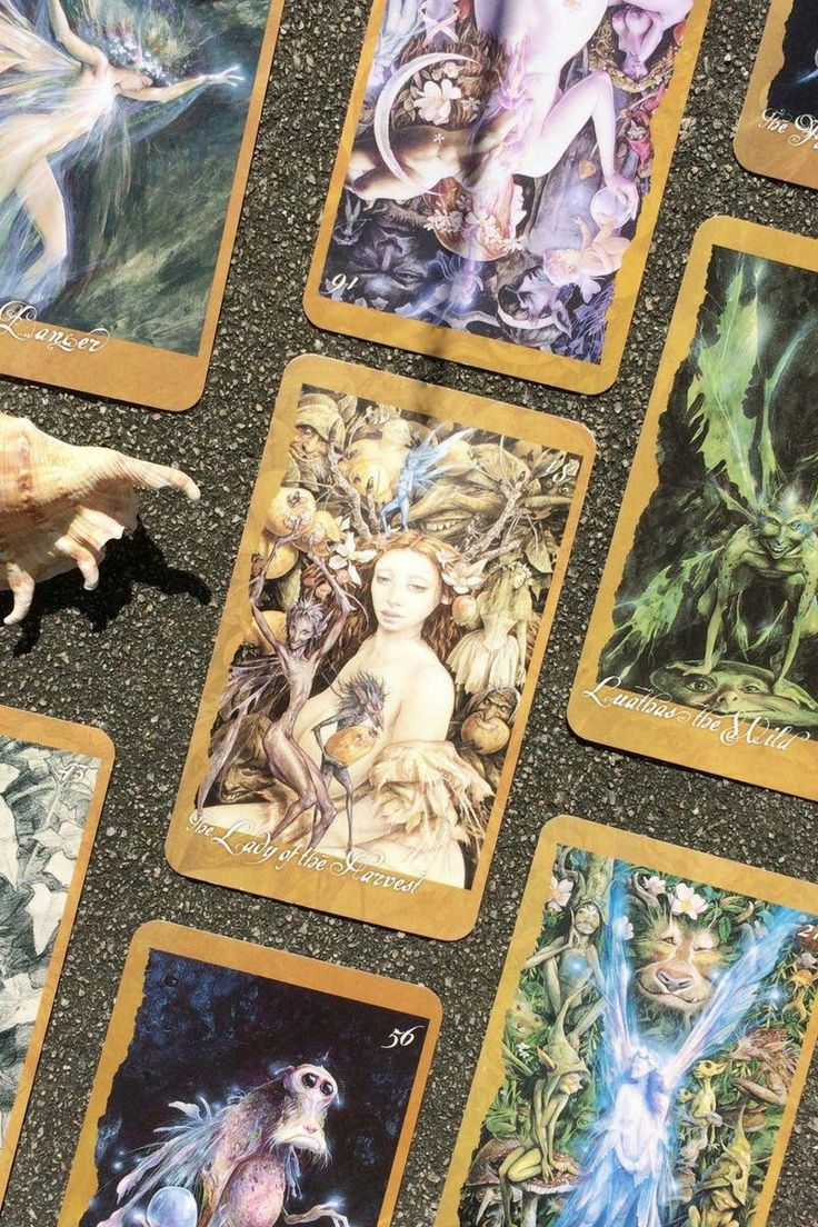 howtoreadtarotcards Oracle cards, Tarot cards for