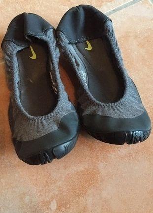 Kaufe meinen Artikel bei #Kleiderkreisel http://www.kleiderkreisel.de/damenschuhe/ballerinas/132950860-nike-ballerinas-40