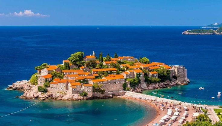 More Russian Tourists – As New Aim of Montenegro
