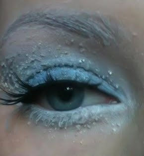 "Eyes for ""Abby"" from Monster High - more make up for Mama to don for her daughter's Monster High Party, LOL Repinned: Winter Makeup! Wow that look is spectacular!"