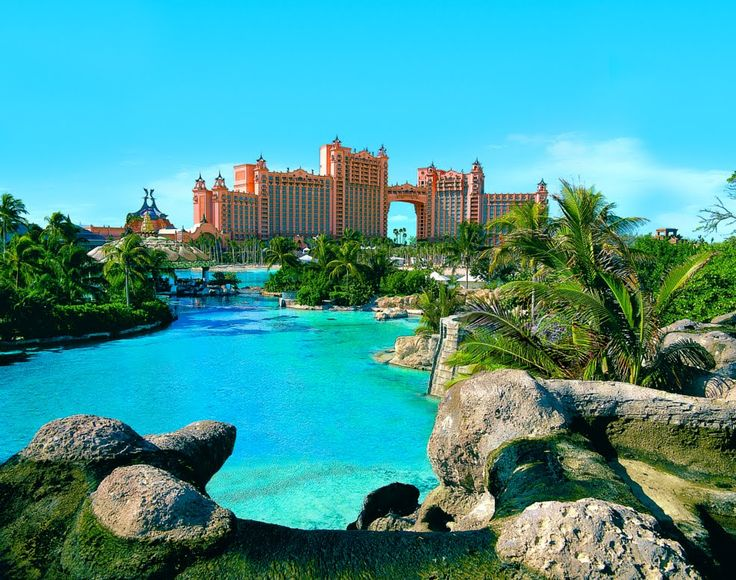 Atlantis, Paradise Island in the Bahamas I would love to go here!! Saw it from a distance, but I want to visit