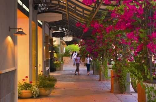 Kierland Commons - an Upscale Main Street Mall - outside shopping and dining.