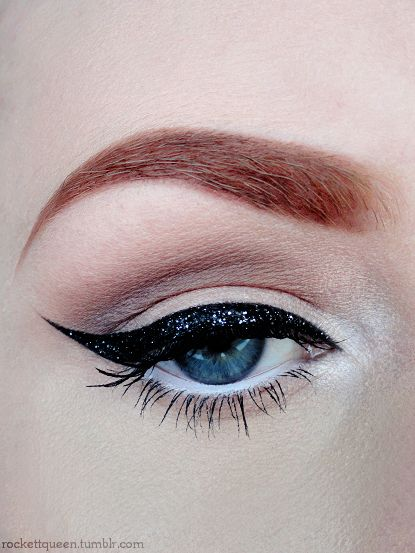 More here... ... https://www.youtube.com/watch?v=boY6ilqUMWs #makeup #makeupbrushes #realtechniques