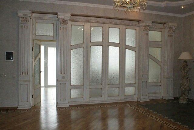 Межкомнатные двери, буазери и стеновые панели. Декор колонн. www.deni-art.ru