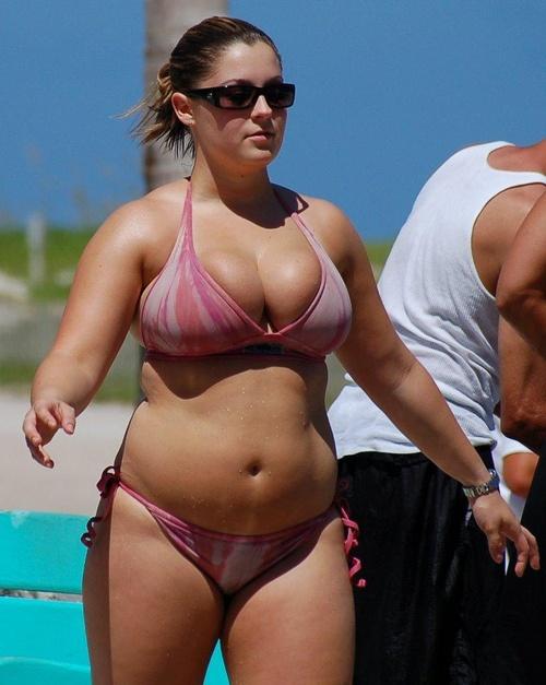 how to wear a bikini if you are chubby