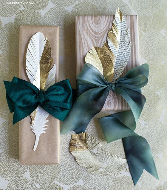 DIY Paper Feather Gift Toppers - learn to make these beautiful paper feathers #giftwrap #holiday #craft