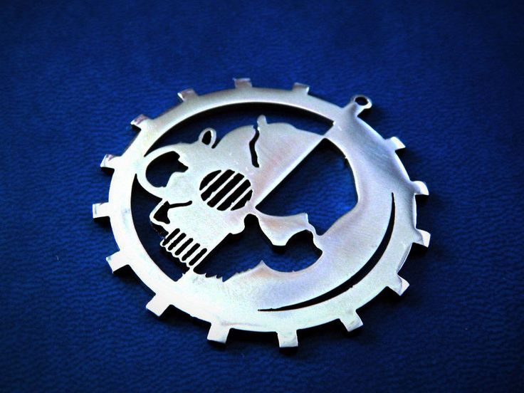 Adeptus Mechanicus pendant or keychain stainless steel / Warhammer 40k adeptus mechanicus / Warhammer 40k / adeptus mechanicus warhammer 40k by FanCraftShop on Etsy