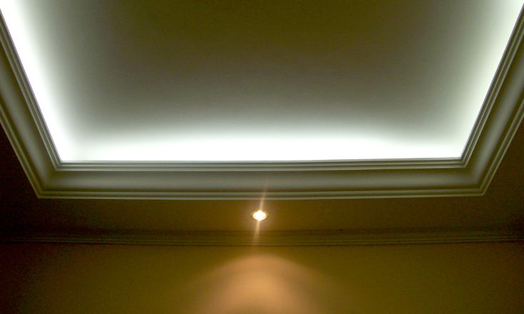 recessed lighting to show off architectural elements