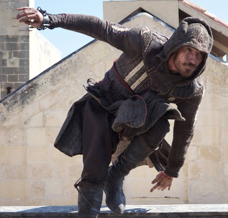 "Michael Fassbender as Callum Lynch /Aguilarin ""Assassin's Creed"" (2016)"