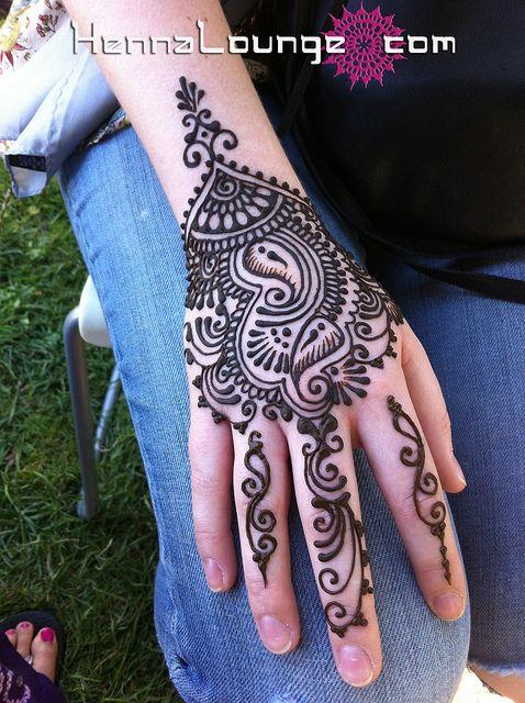 Henna or Mehndi for Pakistani or Indian weddings to adorn the brides hands & feet with beautiful symbolic designs. Keywords: #henna #mehndi #indianweddings #weddingplanning #jevel #jevelweddingplanning Follow Us: www.jevelweddingplanning.com www.facebook.com/jevelweddingplanning/ www.pinterest.com/jevelwedding/ www.linkedin.com/in/jevel/ https://plus.google.com/u/0/105109573846210973606/