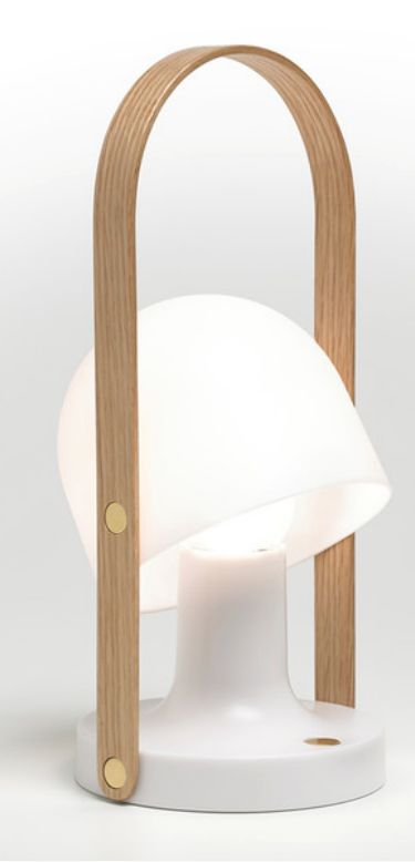 Portable and rechargeable, the FollowMe from Marset, is a table lamp that can be taken wherever you go.
