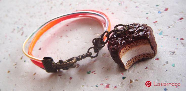 Pulsera de galleta Mamut hecha con arcilla polimérica
