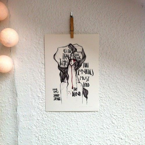 "Lámina Rey Lear II:Colección ""Bocetos de Shakespeare"".Edición limitada firmada por Marina Guiu.Impresión sobre papel digital de conquistador de 300gr.Medida A4 (21x 29,7 cm).Para más información:espacio-store@hotmail.com"