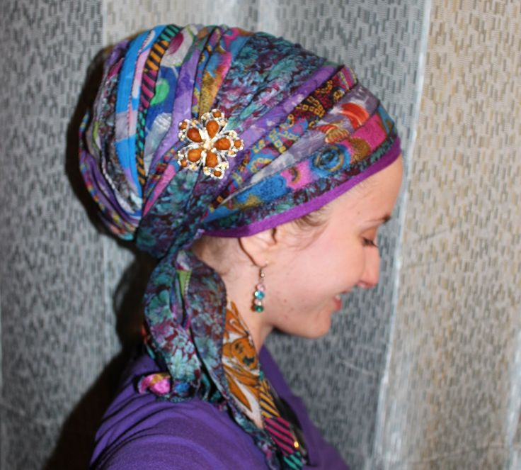 How to tie a sari scarf so it covers your whole head! Woohoo!! Visit Wrapunzel for head-wrapping tutorials, pictures, and tichels! https://wrapunzel.com/