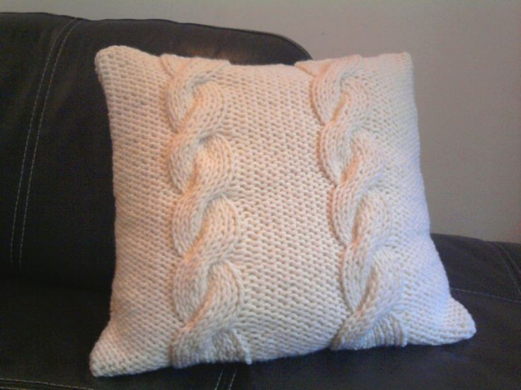 19 best coussins en tricot images on pinterest knit pillow knits and knitted cushions. Black Bedroom Furniture Sets. Home Design Ideas