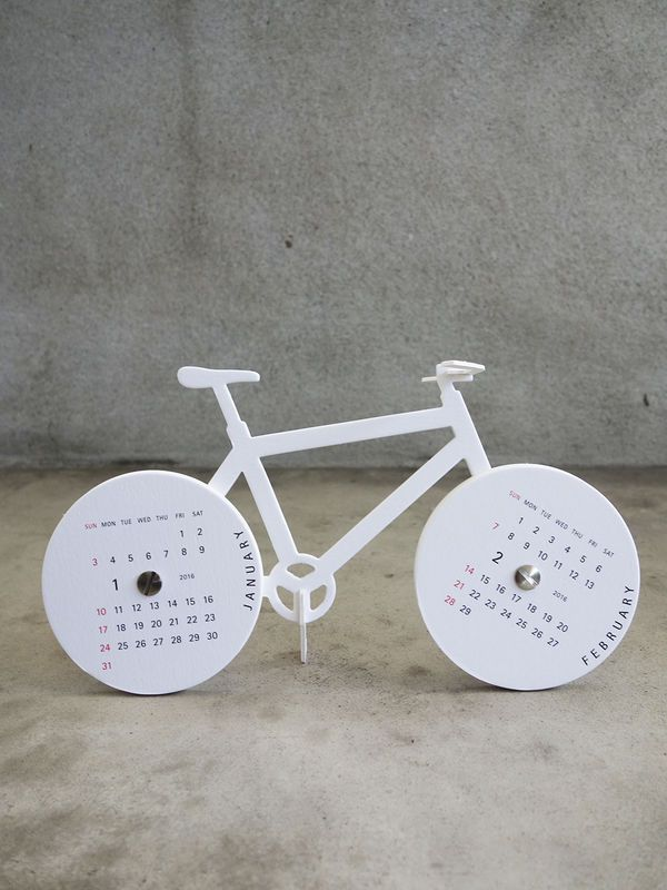 2016 Bike Calendar by good morning inc