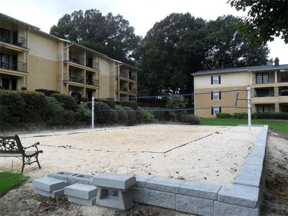 Beautiful pool, beach volleyball court, and gym. Hurry up before someone else beats you to it!