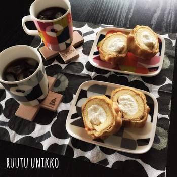 マリメッコ ルートゥー  ウニッコ  このように家族やお友達と色違いで持つのも楽しみの一つ。プレートとマグカップ、セットでそろえたいですね!