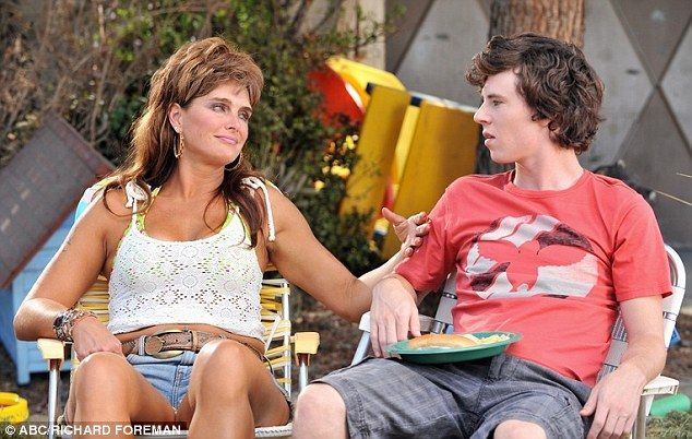 Brooke Shields is returning for season eight of The Middle. What do you think? Are you a fan of the ABC sitcom?