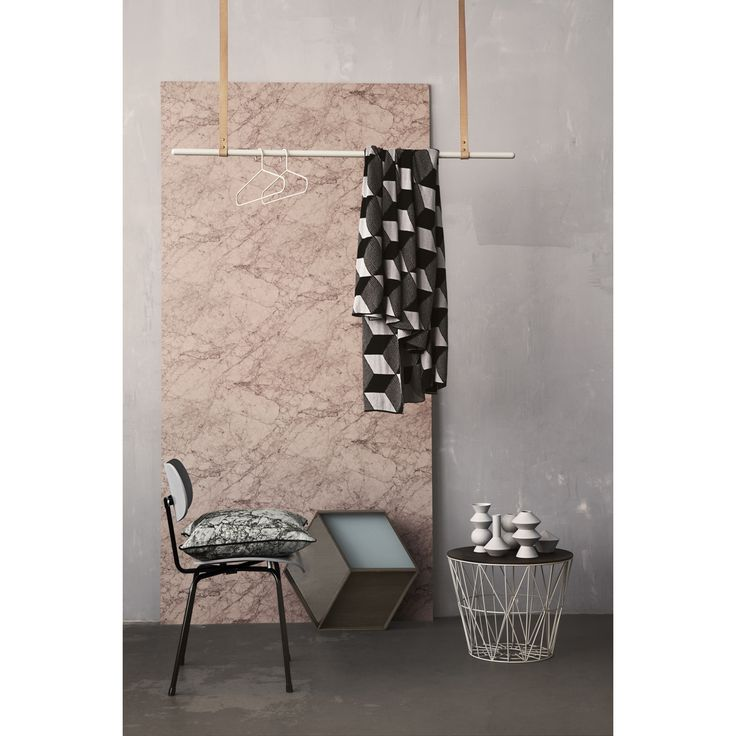 Cloth Rack klädstång, grå – Ferm Living – Köp online på Rum21.se