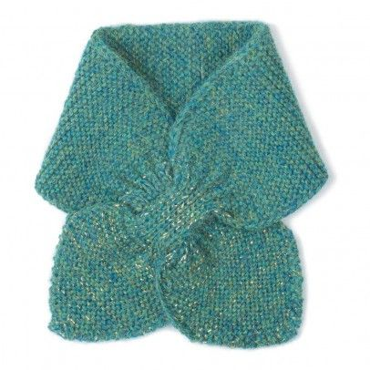 I wish I knew how to knit this kind of scarf. So pretty!