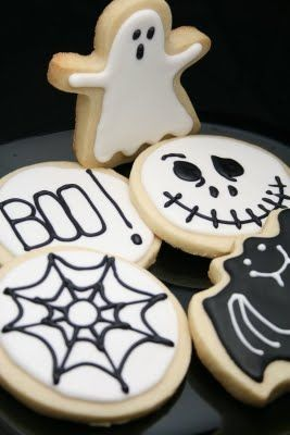 Decorated Halloween cookies #halloween #cookies #sugar cookies #food