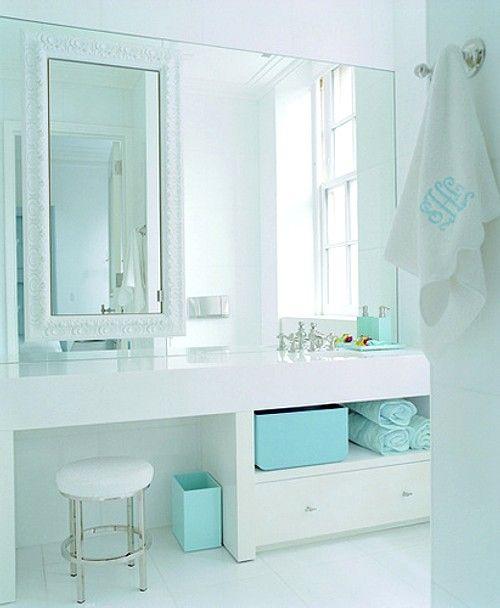 decoracion idea: espejos de distintas medidas para decorar el baño