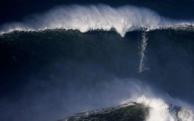 As ondas gigantes da Praia do Norte (Portugal)