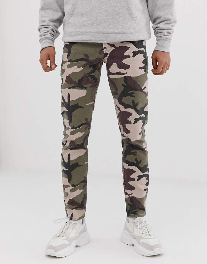 Mens casual outfits, Camo pants outfit