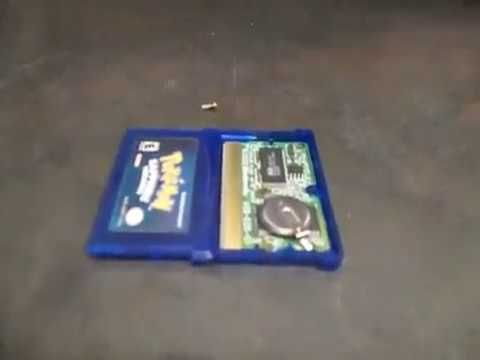 Mr. Robot Shop - Watch out!!  Fake and genuine Nintendo cartridges