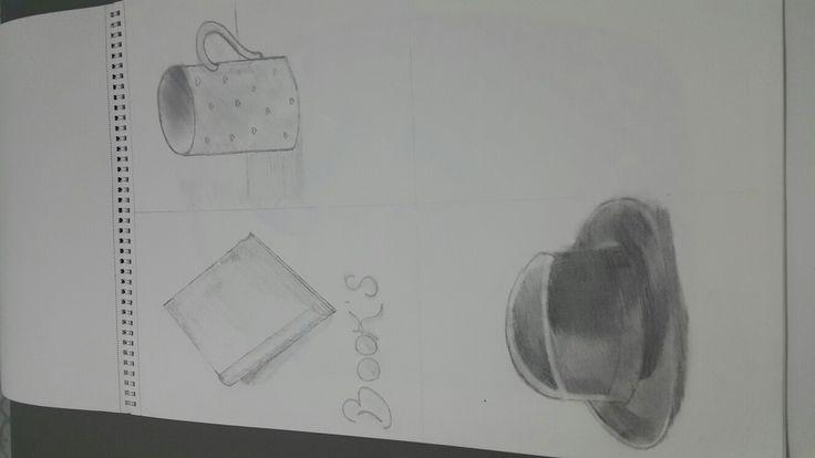 Karakalem kitap kupa ve şapka cizimi