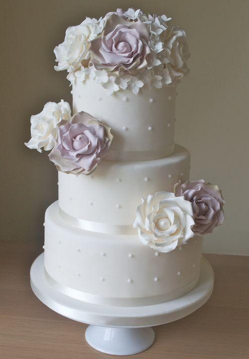 elegant white wedding cakes Elegant Wedding Cakes Designs