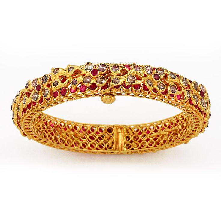 GRT | Collections | Diamond | Bangles | Uncut Diamond and Rubies Studded Bangles