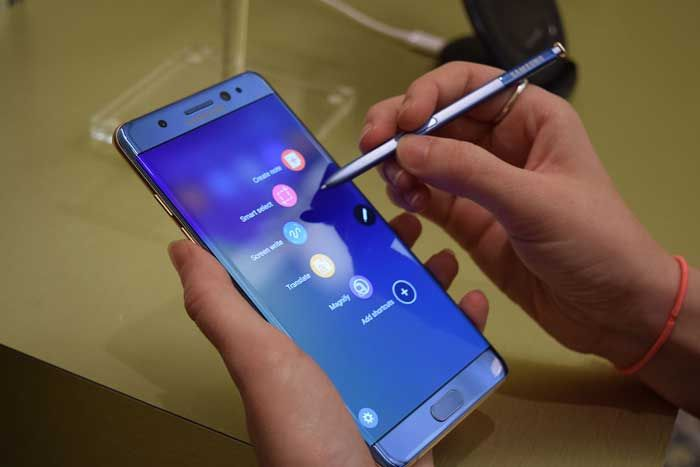 Samsung Galaxy Note 8 Could Be a Nightmare for Apple   The iPhone strives to beat out competition for its 10th anniversary edition   Samsun...