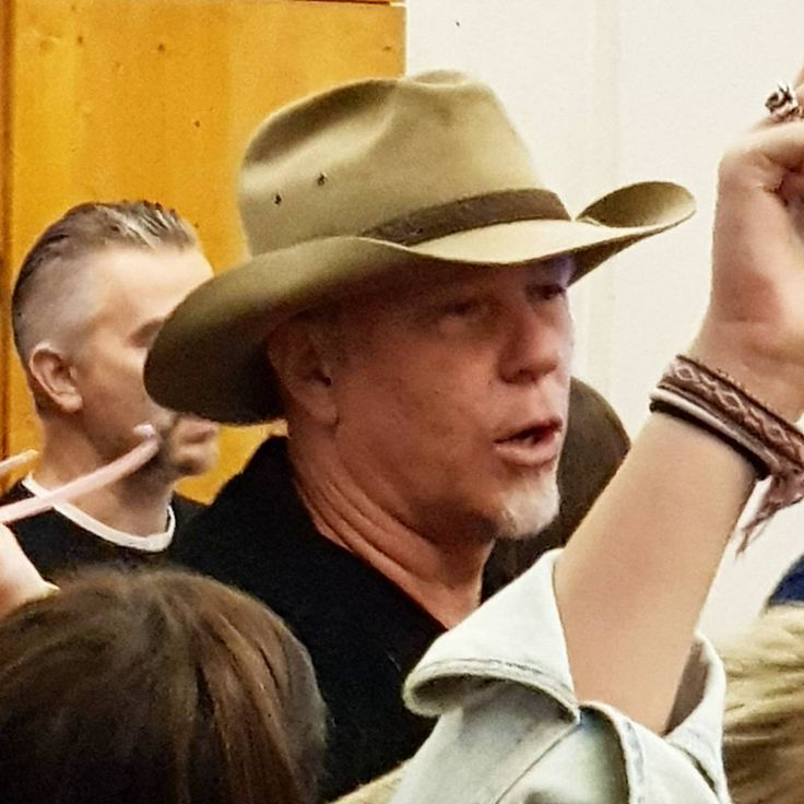 When #Someone tells you #Never meet your #Heroes don't #Believe them! If #People ain't #Cool they shouldn't be your hero. We just ran into this #Nice #Person, Mr. #JamesHetfield. One of my heroes before als still after we met. TOPIC #Metallica LOCATION #Popupstore #Cologne  #Hardwired #Tour #2017 #Metal #Legend #Music #James #Hetfield @dii82