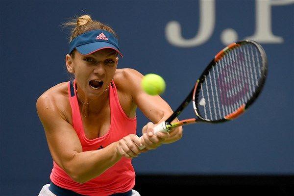 Simona Halep vs Lucie Safarova US Open tennis live: Fifth seed Halep faces tough test against unseeded Safarova
