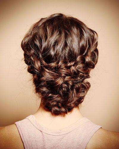 Lange Haare hochstecken: 7 Looks Step by Step