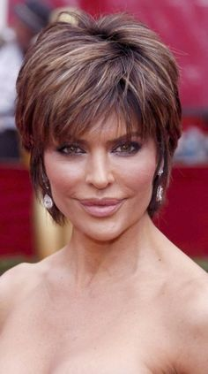 Lisa Rinna - I always liked this cut! Short mature cut with subtle highlights/lowlights and choppy bangs!