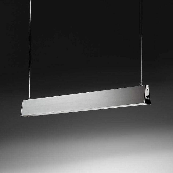 Linea Sospensione - Apparecchio LED da sospensione. Corpo lampada in alluminio anodizzato e vetrino in policarbonato sabbiato.