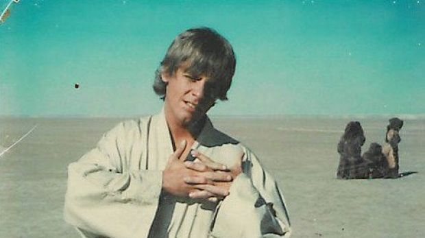 Hold onto your lightsabers, because the internet just dug up the equivalent of Star Wars gold.