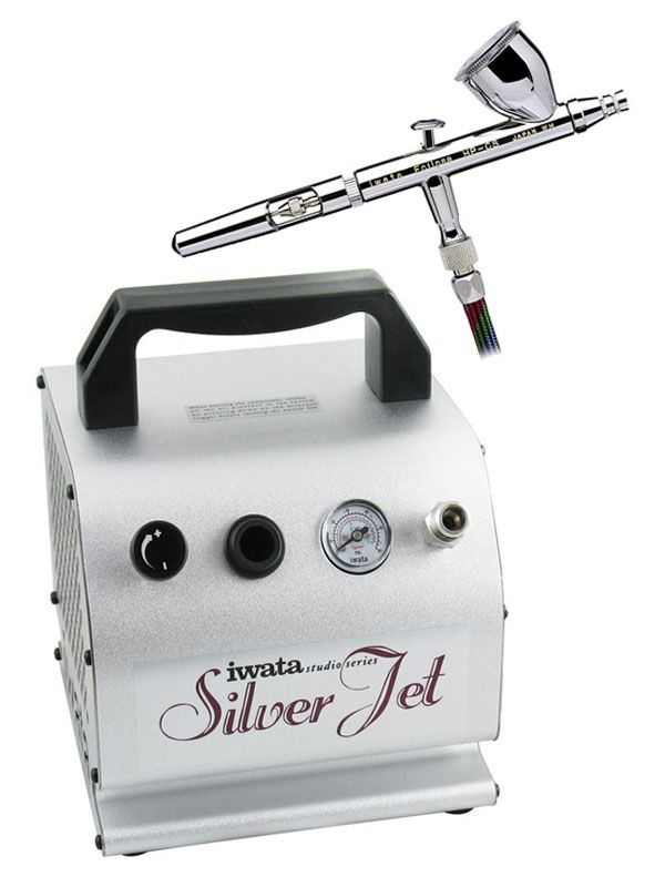 One of the best airbrush makeup kits out there! | makebeautysimple.com @Cath_Millen