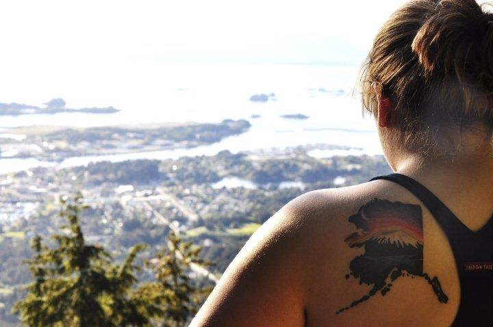 an alaska tattoo that doesn't look douchey?!: Tattoo Ideas, Favorite Places, Alaska Tattoo, Tattoo Piercing, States Tattoo, Tattoo Fever Inspiration, Tattoos Piercing, U.S. States, Rad Tattoo