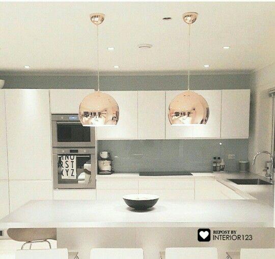 Oltre 25 fantastiche idee su cucine bianche moderne su for Cosentino arredamenti