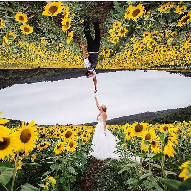 We are completely mesmerized with this up-side down portrait from @estefania_romero! Taken in a beautiful sunflower field, this is definitely an out-of-the-box picture for its incorporation of in-camera double exposure, creating an awe-inspiring shot that really blew our mind away! Love this too? Double tap if you do!  Photography @estefania_romero via @lookslikefilm