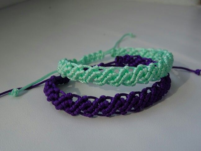 Bracelets made of nylon cord by macrame technique