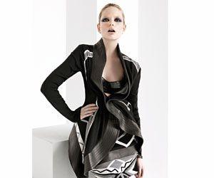 El neofuturismo de Octavio Pizarro » Moda » Revista Paula
