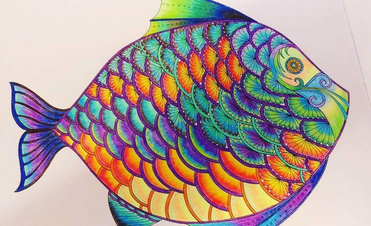 Ha! Skończyłam i cieszy się mordka moja. Rybka ryb ryb 🎶 #kolorowanka #kolory #koniec #na #dzisiaj #cieszy #mnie #życie #lostocean #johannabasford #radość #fun #insomnia #bezsenność #boliłeb #rysunek #ryba #bruynzeelpencils #kredki #kredeczki #colouredpencils #grubasek #zanim #umrę #będę #rysować #drawings #draw