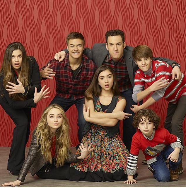 Cast of Girl Meets World: Danielle Fisher, Peyton Meyer, Ben Savage, Corey Fogelmanis, Meeeeee, Rowan Blanchard, and August Maturo.( My second family ‍‍‍‍)
